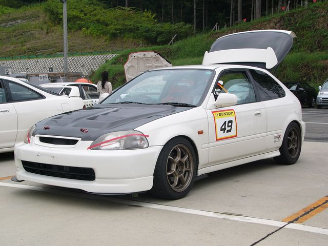 レース チューニング シビック 三重県